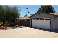 View 3453 E Laurel Ln Phoenix AZ